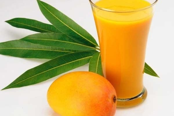 Uống nước ép xoài có tác dụng gì? Uống nhiều có tốt không?