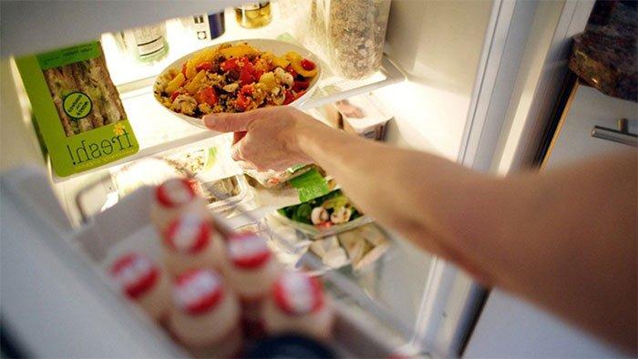 Những loại thức ăn để qua đêm trong tủ lạnh có thể sử dụng được